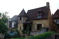 Une des nombreuses belles maisons de Sarlot