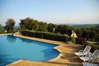Le hameau du sentier des sources, la piscine