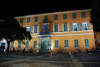 Hôtel de ville de Fréjus la nuit