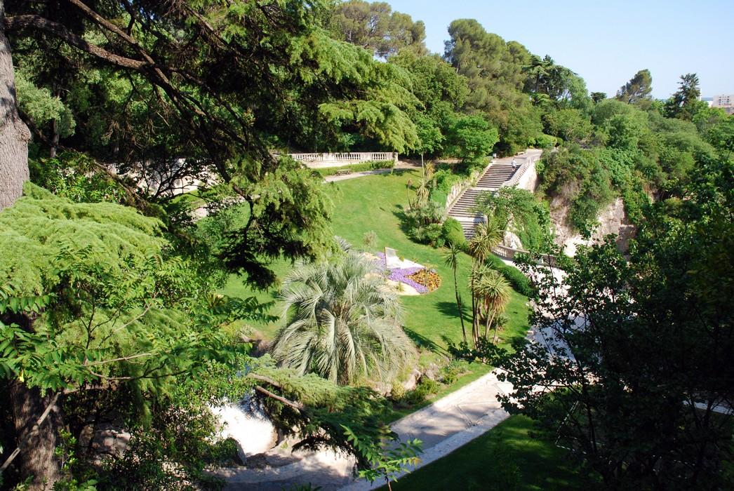 Photos voyages s jours uz s n mes n mes for Jardin de la