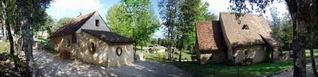 """Périgord Dordogne > Village de gîtes """"Le Hameau du Sentier des Sources"""""""